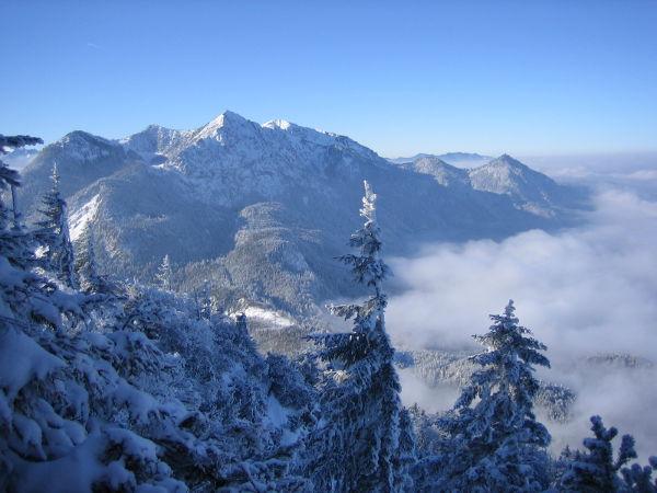 Jochberg im Winter: Blick zum Herzogstand